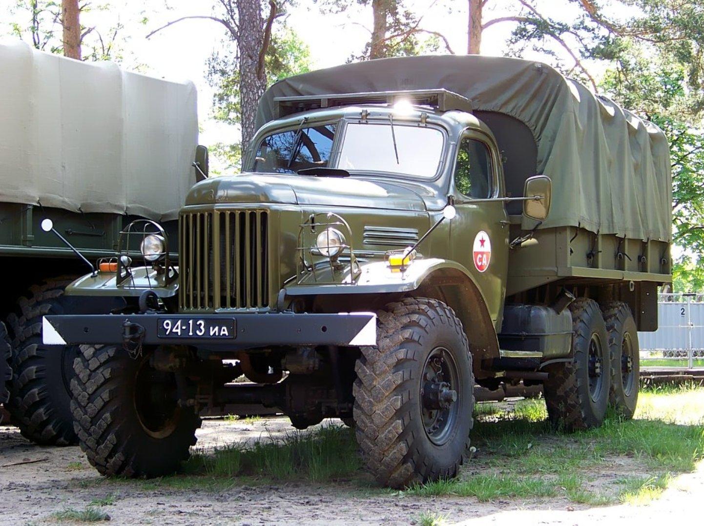 1328712405_1304177473_truck-auto.info_zil-157_1.jpg