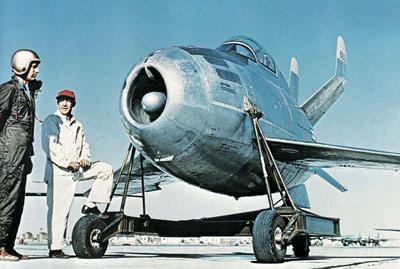 McDonnell_XF-85_Goblin-pilot.jpg